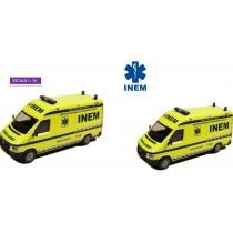 Ambulância Bombeiros / INEM...
